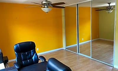 Living Room, 5720 Harder Street, 2