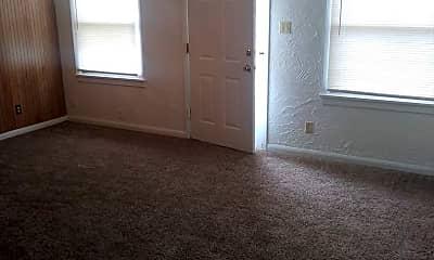Living Room, 301 E Northrup Dr, 2
