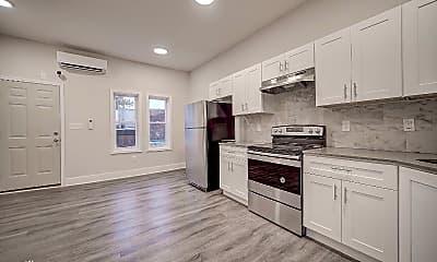 Kitchen, 2118 S Daggett St, 2