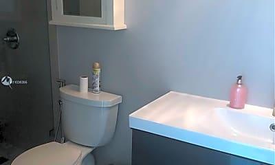 Bathroom, 1250 S Miami Ave 2013, 1