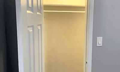 Bathroom, 1702 4th St, 2