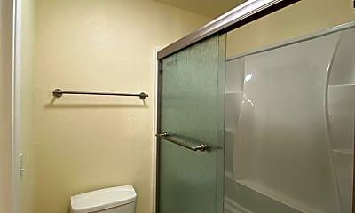 Bathroom, 400 Del Verde Cir, 1