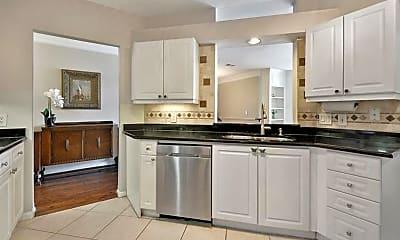 Kitchen, 3334 Peachtree Rd NE 109, 1