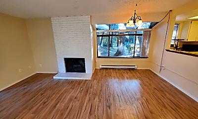 Living Room, 10003 NE 123rd St, 1