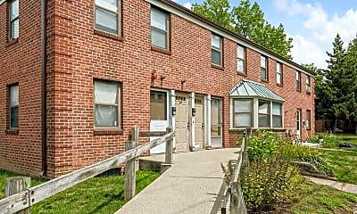 Building, Beechwood Garden Apartments, 0