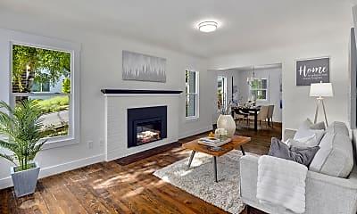 Living Room, 532 12th Ave E, 0