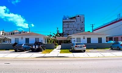 Patio / Deck, 590 SW 8th St, 2
