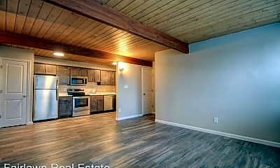 Living Room, 308 E Iowa St, 0
