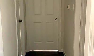 Bathroom, 3131 Hickory Ave, 2