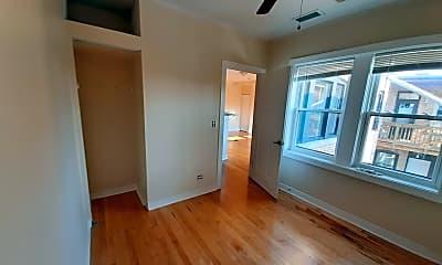 Bedroom, 5610 N Western Ave 202, 2