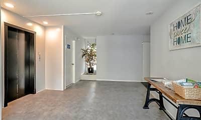 Living Room, 131 Elm St, 2