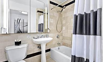 Bathroom, 20 West St, 2