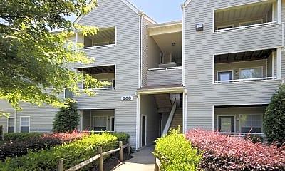 Building, Wellesley Woods, 0