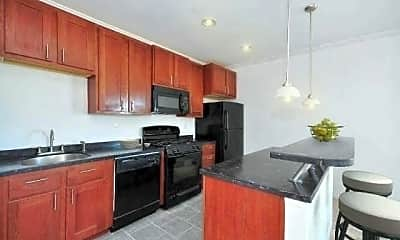 Kitchen, 479 Front St 2C, 1