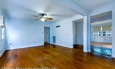 Living Room, 2330 Palmer Ave, 1