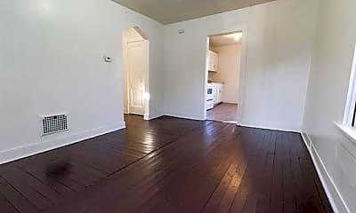 Kitchen, 914 W Jefferson Blvd, 1
