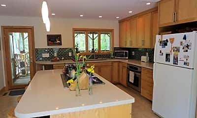 Kitchen, 2320 Tanager Hill, 1