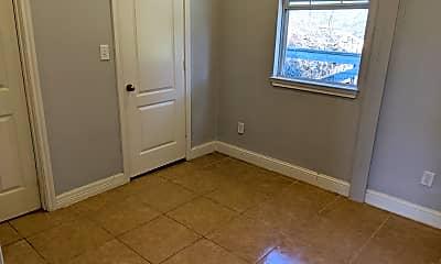 Bedroom, 7453 County Rd 98, 1