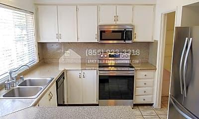 Kitchen, 4317 Queen Anne Drive, 1