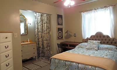 Bedroom, 1035 W Vine St 3, 2