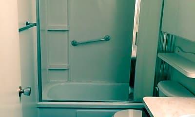 Bathroom, 305 Sims St, 2