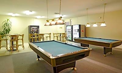 Gaming Center, Warren Coronado, 1