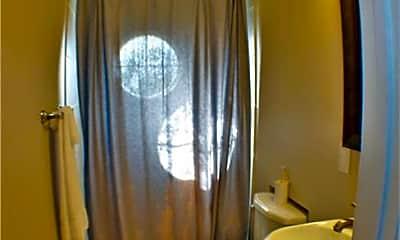 Bathroom, 1211 Oney Hervey Dr, 2