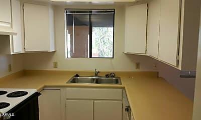 Kitchen, 4313 N 21st Dr 4, 2