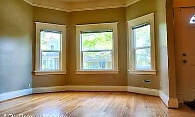 Living Room, 3807 NE Cleveland Ave, 1