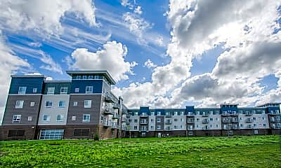 Retreat Apartments & Townhomes at Urban Plains, 2
