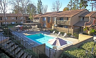 Sycamores-Oaks Apartments, 0