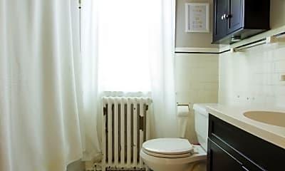 Bathroom, 183 Willard St, 2