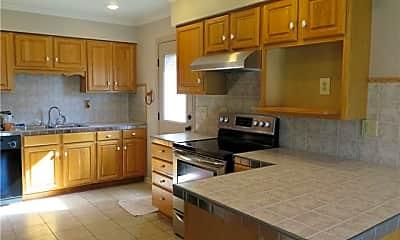Kitchen, 359 Aurora Ave, 1