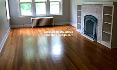 Living Room, 5022 N Harding Ave, 0