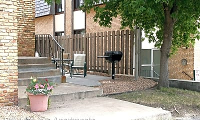 Patio / Deck, 110 11th Ave S, 1