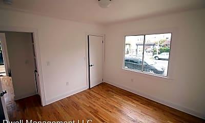 Bedroom, 4167 Oakwood Ave, 1