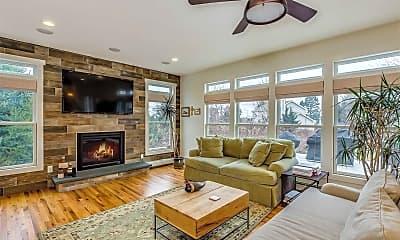 Living Room, 405 Cedar Point Dr W, 0