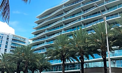 Chateau Ocean Residential-Swimming Pool - Parking, 0