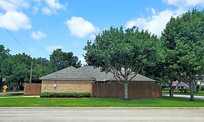 5901 Pine Meadows Drive, 2