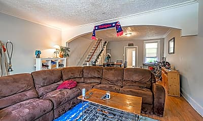 Living Room, 928 W College Ave, 0