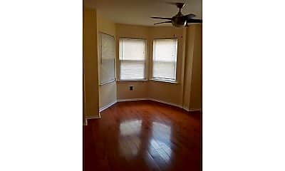 Bedroom, 1710 Federal St 1R, 2