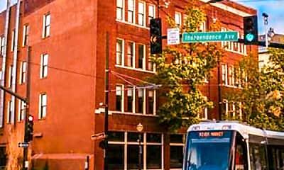 510 Delaware St, 1