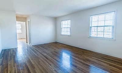Living Room, Fairway Gardens, 2