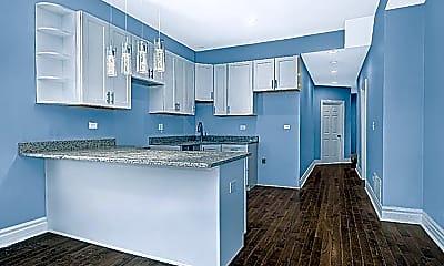 Kitchen, 827 W 50th Pl, 0
