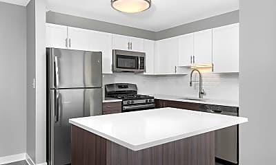 Kitchen, The Shoreham At Lakeshore East, 1