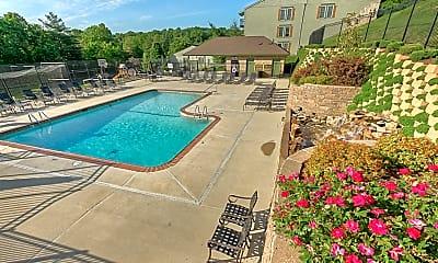 Pool, Village Royale, 0
