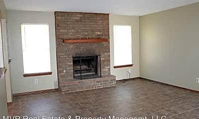 Living Room, 3909 Hiddleston Cir, 1