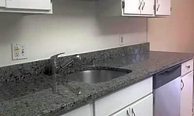 Kitchen, 2244 Castle Rock Square 22C, 1