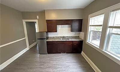 Living Room, 3333 W 111th St 5, 1