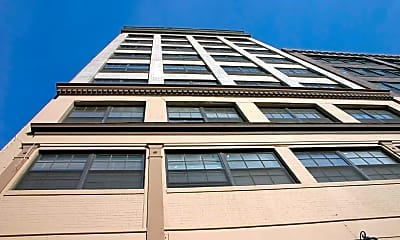 Building, Holling Place Apartments, 0
